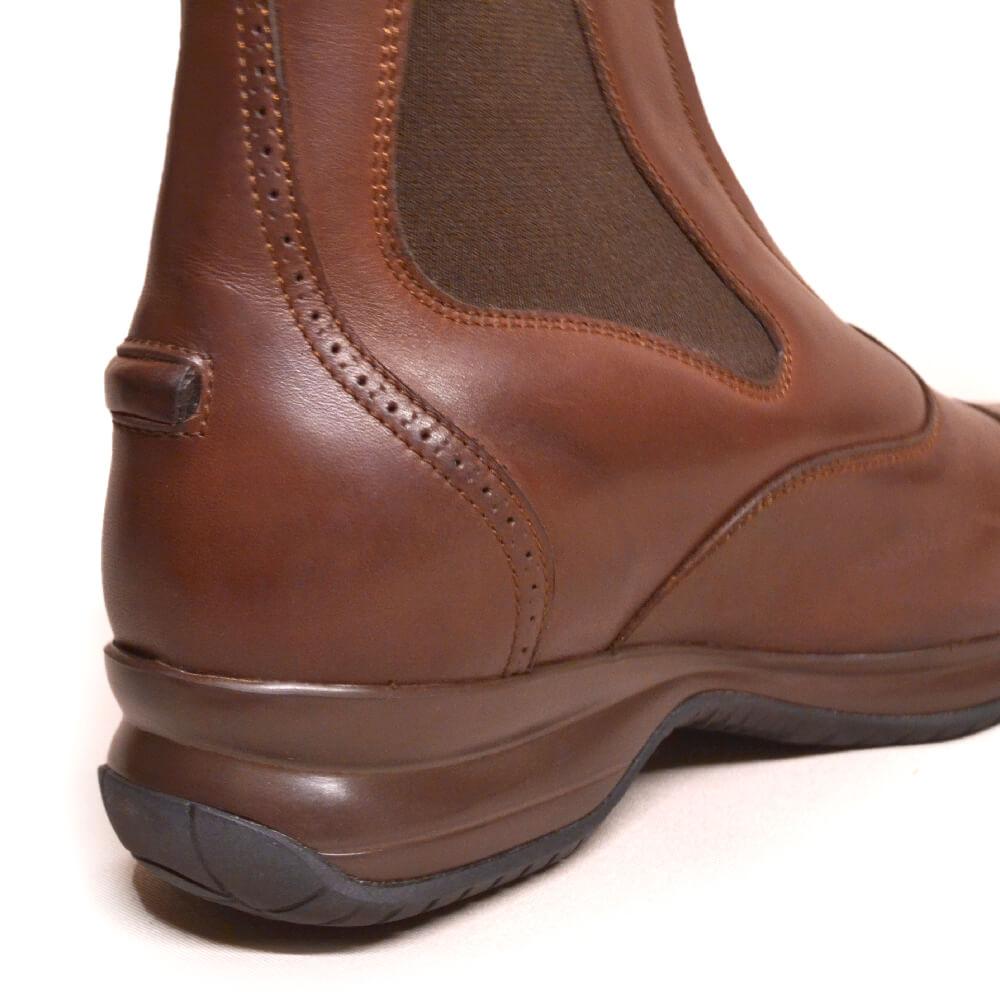 DonaDeo Yard Boots Brown